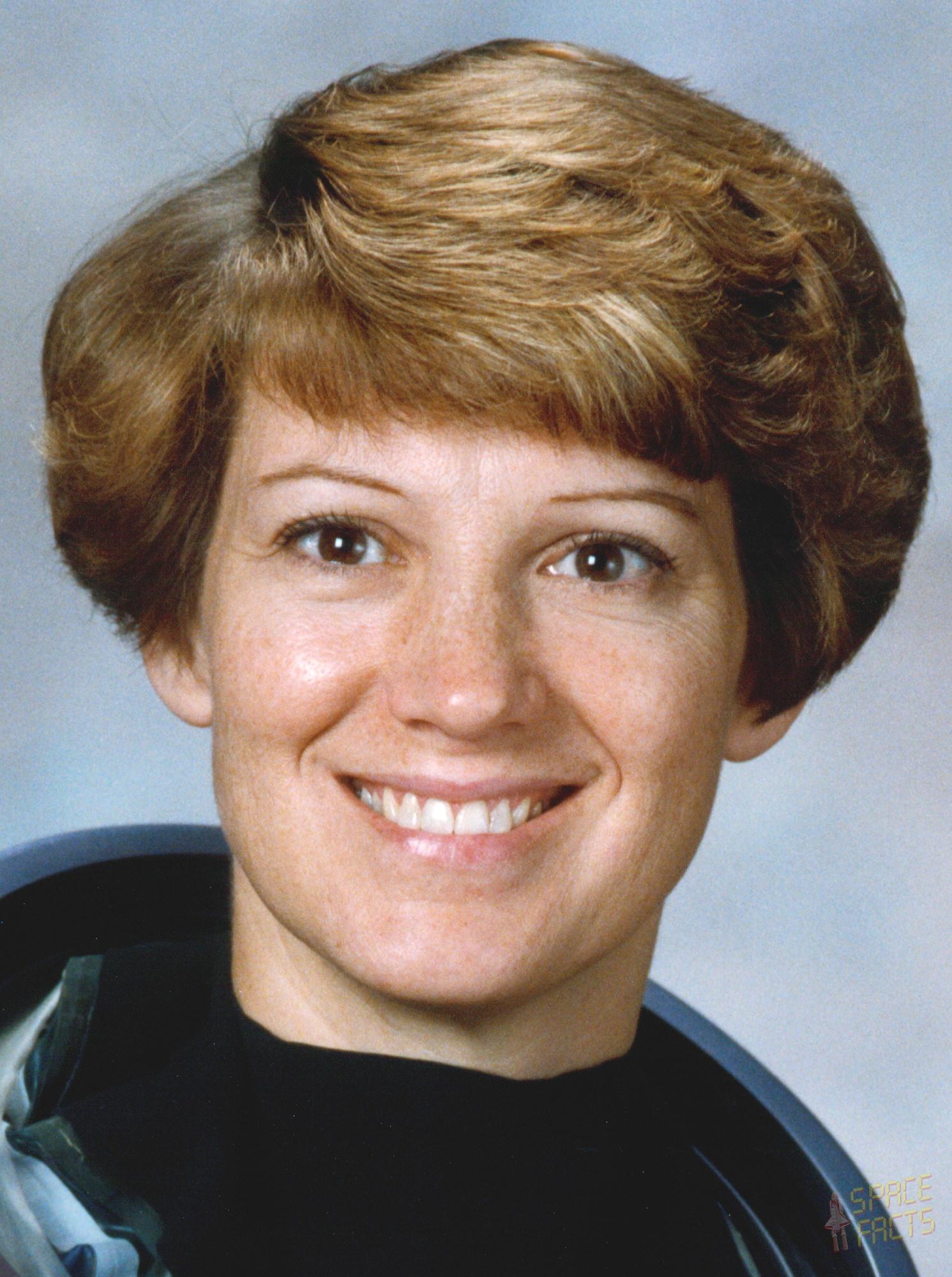 Eileen Collins Net Worth