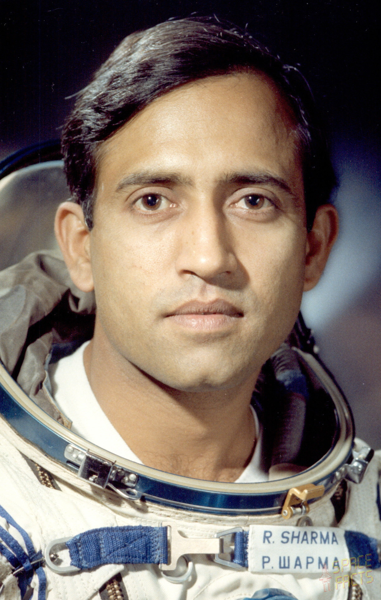 photos of rakesh sharma in space shuttle -#main