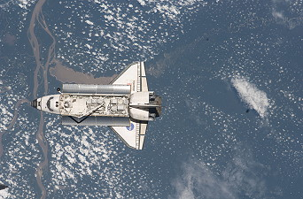 STS-129 im Orbit