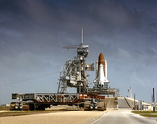 STS-34 rollout