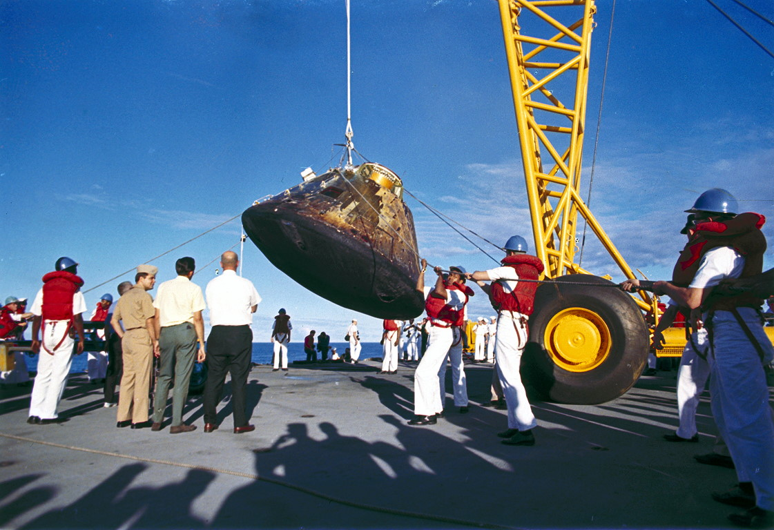 apollo 10 recovery ship - photo #3