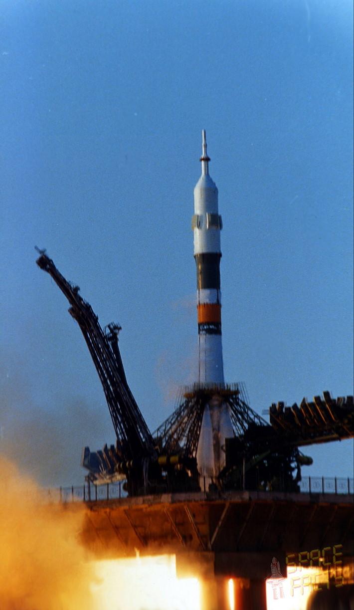 Soyuz T 11 Launch