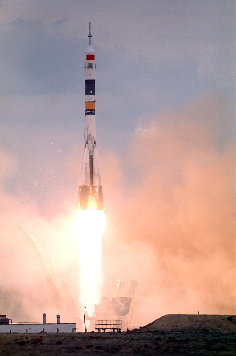 soyuz-tm-12_launch.jpg