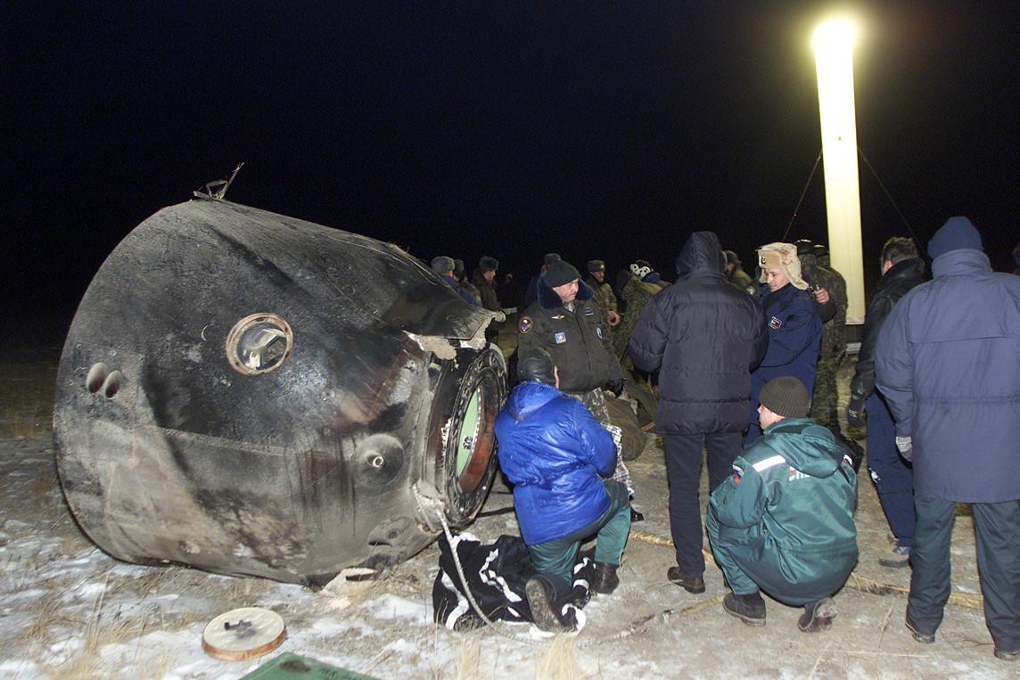 Soyuz TM-34 recovery