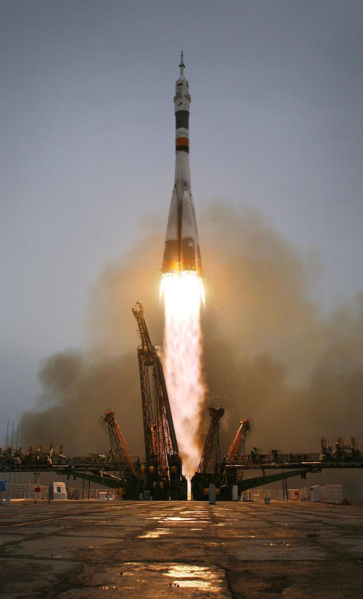 Image result for soyuz tma-14 launch
