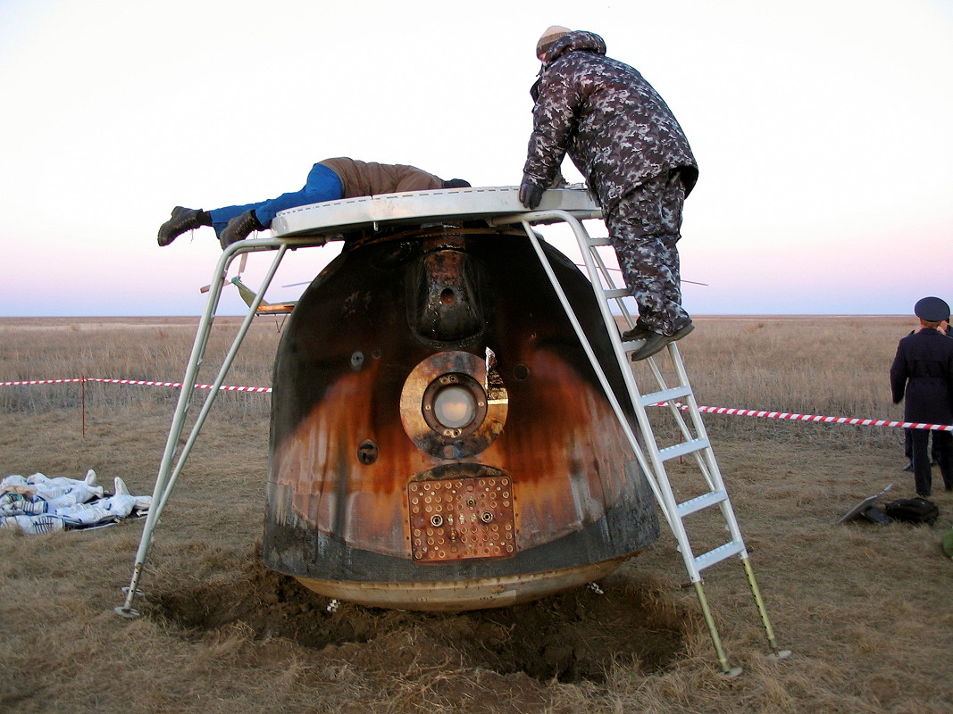 Image result for soyuz tma-7 landing