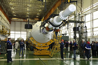 Soyuz MS-04 integration