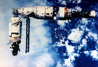 Soyuz TM-8 undocking