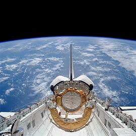 STS-41 im Orbit