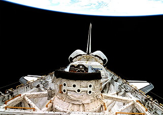 STS-81 im Orbit