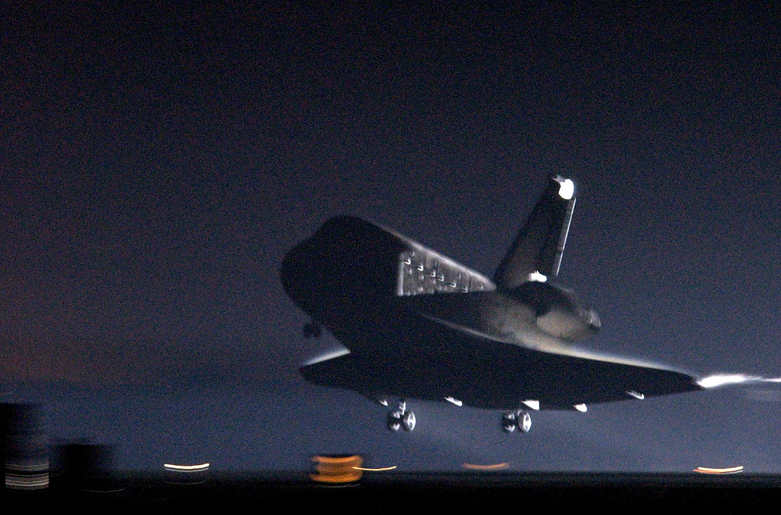 STS-109 landing