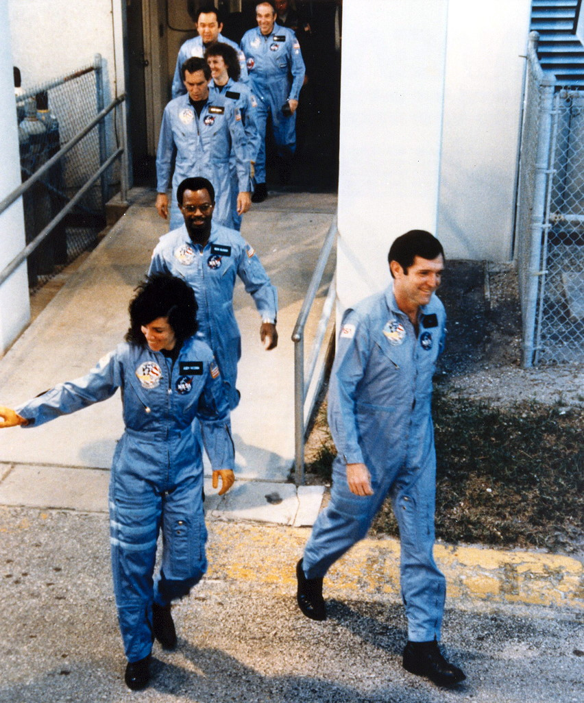 space shuttle challenger crew - photo #20