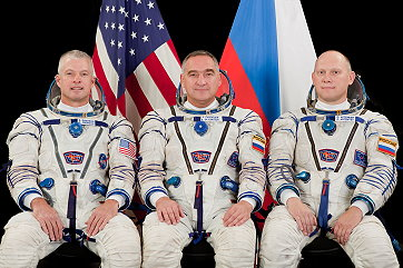 Crew ISS Expedition 38 Double