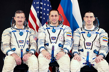 Crew Soyuz TM-21 (prime and backup)