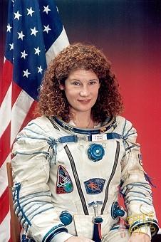 Astronaut Susan Helms - Pics about space